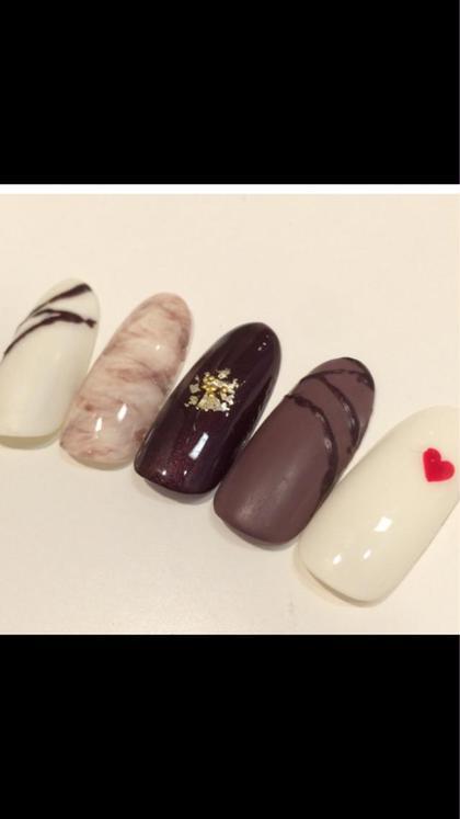 ショート ネイル ミディアム もうすぐバレンタイン 指先はチョコレートネイルで♡ ¥5,500