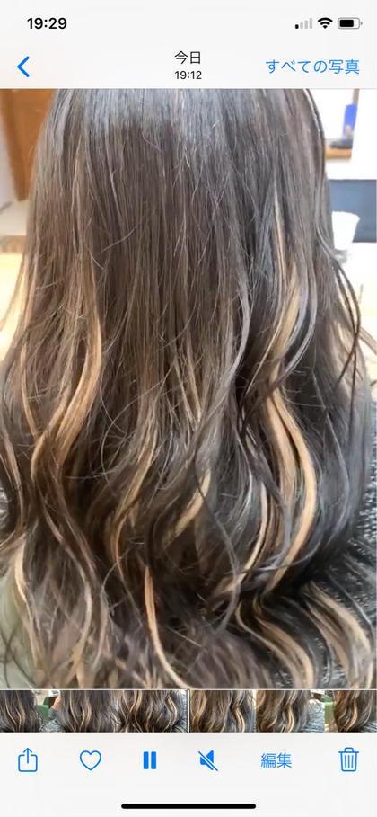 カラーはアッシュブラック! ミルクティーハイライトはシールエクステ!  髪を傷めず1時間半でイメチェンするならこれ!