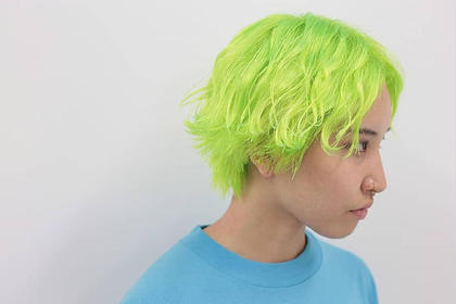ネオンライムグリーン CLLN Hair design所属・札木哉太のスタイル