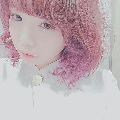 イエローベースのピンクとブルーベースのピンクのグラデーション ただでさえ可愛いピンクですが、ちょっとした遊び心でさらに可愛さマシマシです♡   fuwat所属・Hanaメラニン絶対殺すマンのスタイル
