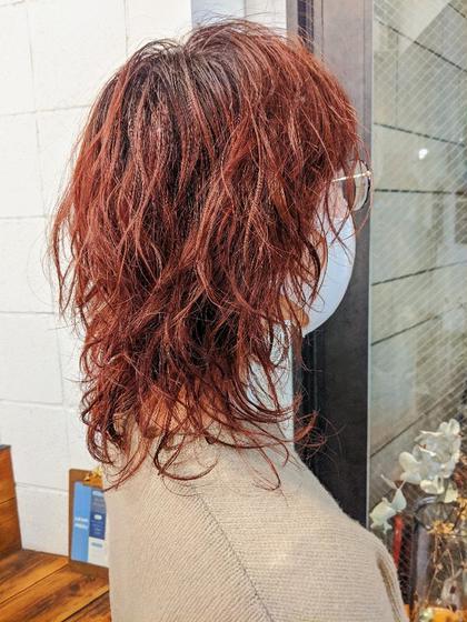 カット+ブリーチ毛にかけれる低温パーマ+カラー