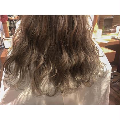 カラー *巻き髪にもピッタリ*