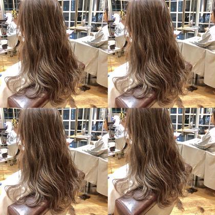 木村直貴のセミロングのヘアスタイル