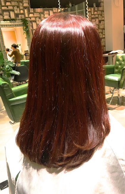 赤カラーが流行りそうな予感しませんか?赤みの強いカラー得意です。まだ、鴨宮は少ないけど他の人と差を付けたい方は是非。 シエルポッシュ所属・マエハラノゾムのスタイル