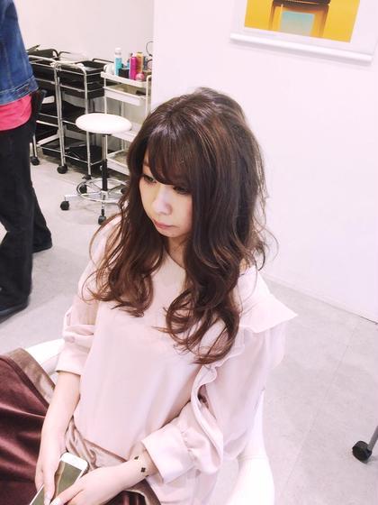 アッシュベージュにハイライトプラスしました☆ agu hair living所属・近藤充のスタイル