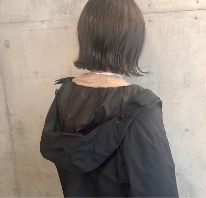 Aujuaスキャルプヘッドスパ (前髪カット無料、ブロー料金込み)