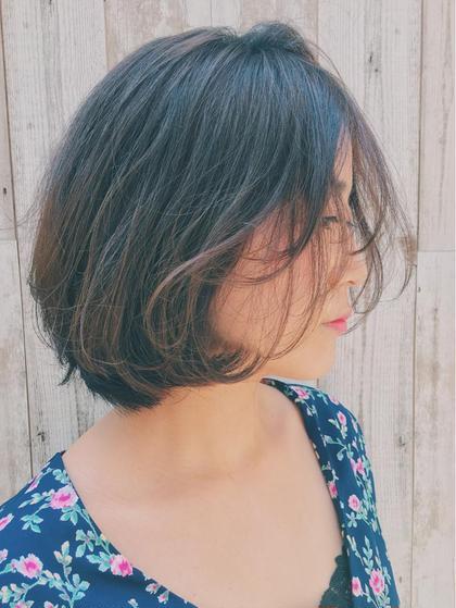 今流行っている 前下がりやパッツンボブにするのではなく 王道愛されヘアもオススメです。  やっぱりかわいいです。 AUBE harajuku所属・オギノミワコのスタイル
