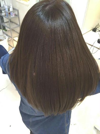 ハイダメージ、乾燥、くせ毛からの艶髪へ HAIR STREAM所属・戸辺沙緒里のスタイル
