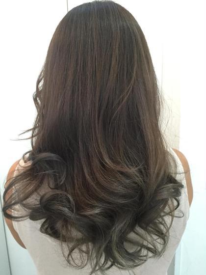 ハイライトグラデーション hair salon dot. tokyo所属・カヤノトシノリのスタイル