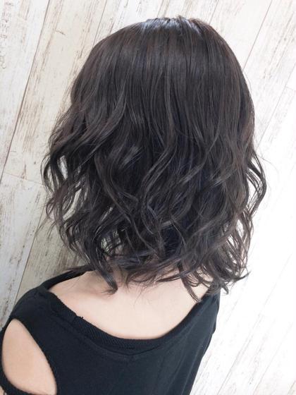 佐藤遥菜のミディアムのヘアスタイル