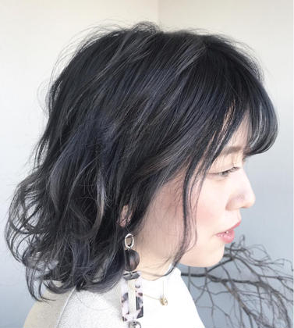 【SOIの定番メニュー・頭皮すっきり炭酸クレンジング+極ツヤカラー+似合わせカット  12100円→9900円