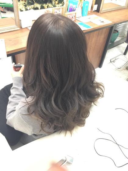 ダークアッシュ S.hair&nail所属・彦坂凌のスタイル