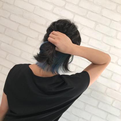 #インナーカラー #ブルー CHIMANのセミロングのヘアスタイル