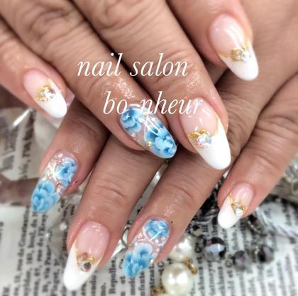 付け放題コース✨のsampleから選んで頂いたデザインになります✨ nail salon  bo-nheur(ボ・ヌール)所属・瀬戸望見のフォト