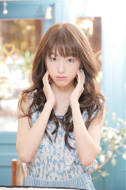 赤味の出ないハイトーンのアッシュで可愛く♡ T:Luck所属・伊藤聡司のスタイル