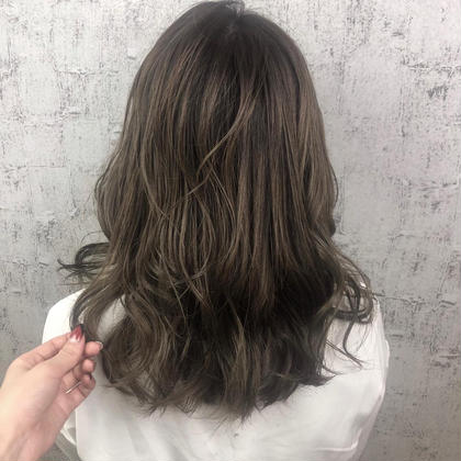 【髪質改善💫ミディアム】イルミナカラー&oggi ottoトリートメント