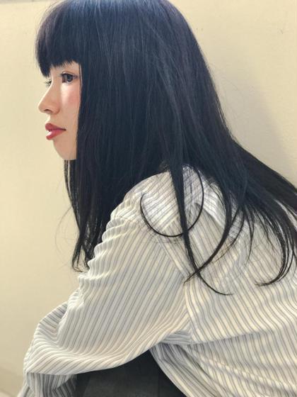 黒髪だけど黒髪ぢゃないネイビーブラック☆ KiRANA SARI所属・ジョウイッセイのスタイル