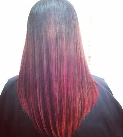 赤と紫のグラデーションカラー hair.make所属・西尾聡のスタイル