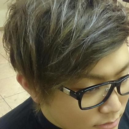 がっつりブリーチ&ハイライトカラー! 松本平太郎美容室銀座part3所属・トップカラーリストすずきまなみのスタイル