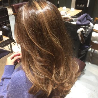 【ナチュラル×ハイライト】 ハイライト、フルカラー ¥8000 grace hair dressing所属・宮澤北斗のスタイル