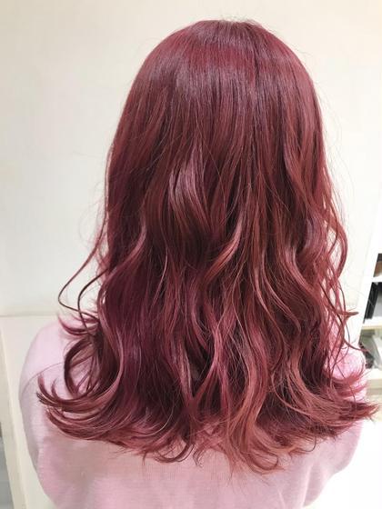 baby pink  pink系は間違いなし! 塩崎里奈のロングのヘアスタイル