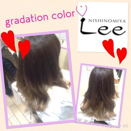 まだまだ流行りのグラデーションカラー アッシュ系の自然なグラデーションカラー♪ Hair&Nail  Lee 西宮店所属・山田楓のスタイル