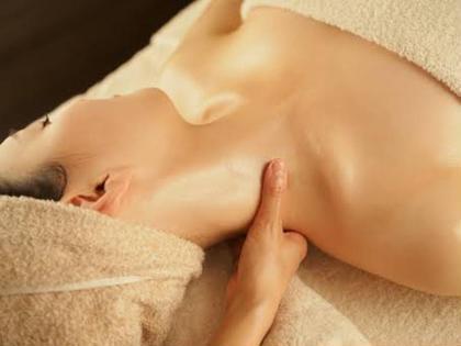 💖1番人気メニュー💖⭐️美容鍼(ライト)+肩首リンパマッサージ☘【リフトアップ⤴️】