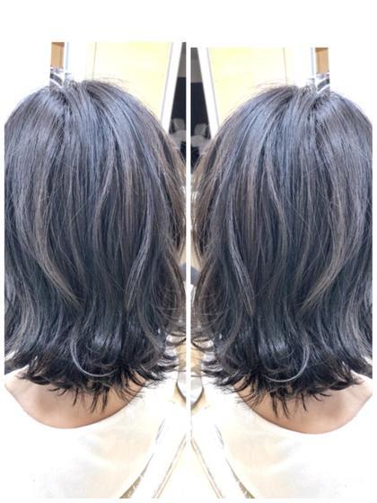 ブリーチがしたいけど、ダメージが…という方必見です💮 表面に少し入れてあげるだけで髪全体の明るさも出ますし 透明感も出てブルー系とのカラーの相性抜群です  秋にはネイビー、ラベンダーのお客様が増えるので合わせてやると綺麗ですよ