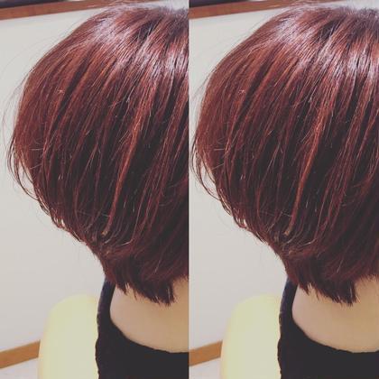 赤味のあるカラーにハイライトをプラスしてワンランクお洒落をプラスしてみました♡ イッツヘアーガーデンリュクス所属・Itoharucaのスタイル