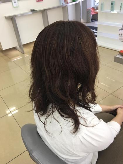 毛先と毛量をとりブラウンのカラーを入れてムースをつけてくせ毛を利用してセットしました! LUCK本厚木所属・有東要のスタイル