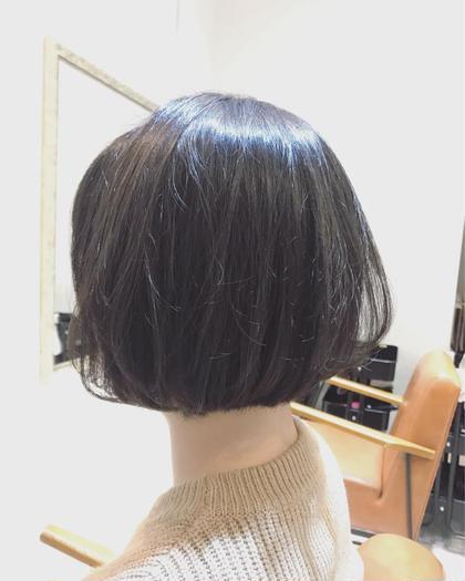 シルエットを丸く作る事で頭の形をよく見せ、小顔効果アップ⤴️