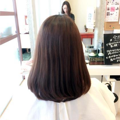 約15センチのばっさりカット!傷みが気になるところを全て切り、綺麗な状態で伸ばせるようにしました!髪の毛のメンテナンスって大切です☺ Ash都筑ふれあいの丘店所属・高田真由のスタイル