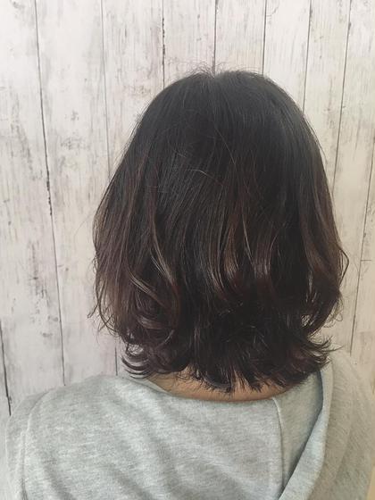 ミディアム外ハネアレンジ P-brands hair kasuga refrain所属・國武 桜のスタイル