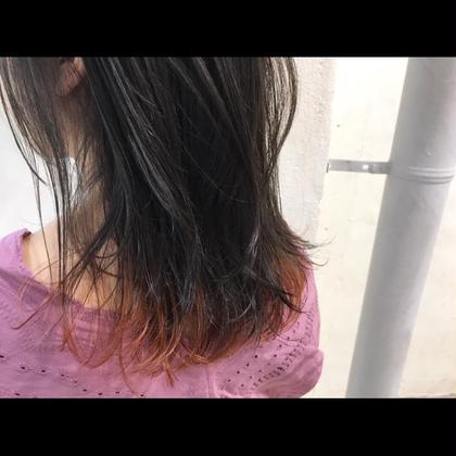 その他 カラー ミディアム Real salon work✂︎ [インナー ヘム ハイライト×ディープオレンジ✨] . スソのみをインナーでブリーチ。 ポイントは、毛先すべてをブリーチしないトコロ☝︎ . ブリーチしない箇所をツクル事でダメージを最小限かつ、 馴染みのいいヘムカラー(スソカラー)を☆ . ダークアッシュ→ディープオレンジ✨ . ポイントでアソビを作ってトータルファッションの一部としてヘアを楽しみましょ☆ . . . #NAKAIstyle #ポイントブリーチ#デザインカラー#ヘムカラー#毛先カラー#アッシュ#インナーカラー#オレンジカラー#ファッション#ootd#ハイカジュアル#お客様カットカラー
