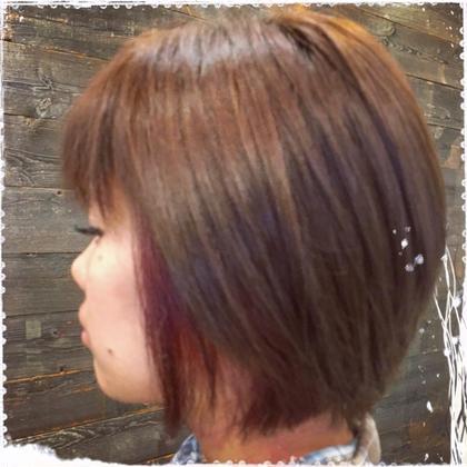 インナーカラー♪とっても綺麗に色が入りました♡チラッと見える赤が可愛いです(((o(*゚▽゚*)o))) LUCK鎌倉所属・木本成美のスタイル