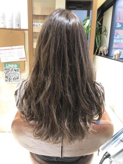 ハイライトカラー❣️ 立体感で巻き髪・スタイリングが映える❣️