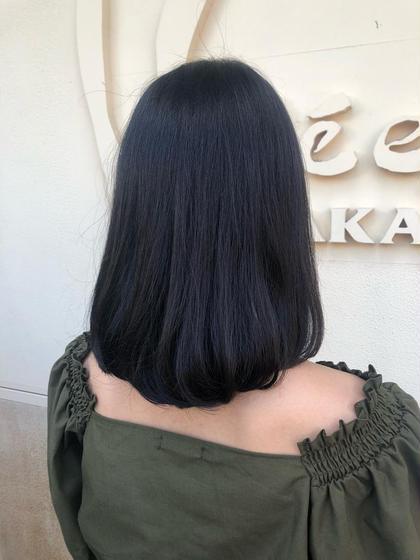 10cmくらいカットして 収まりの良いスタイルに仕上げました☺️ 藤崎芹のセミロングのヘアスタイル