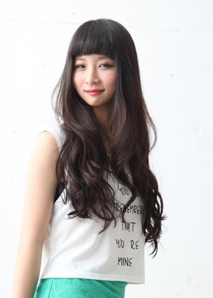 黒髪でもゆるく巻いて軽くみえるように仕上げました。 GALLARIA Elegante 春日井店所属・YOKOISHINJIのスタイル