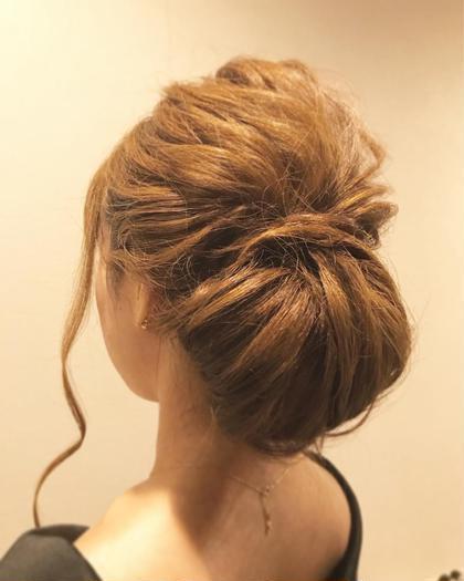 ギブソンタック✨  下に重目に、大振りに✩ ロングヘアーのかたにオススメです✩ KYumiのヘアアレンジ