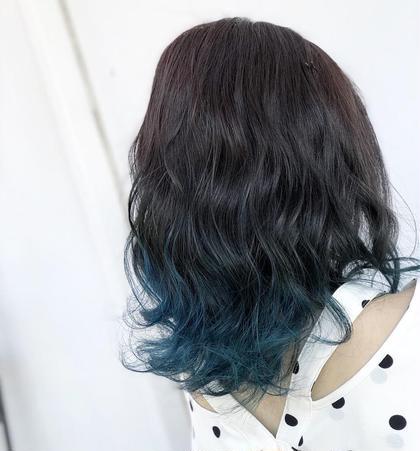 ターコイズブルーのグラデーションカラー⭐︎ HAIR&MAKE EARTH 南福島店所属・下條真のスタイル