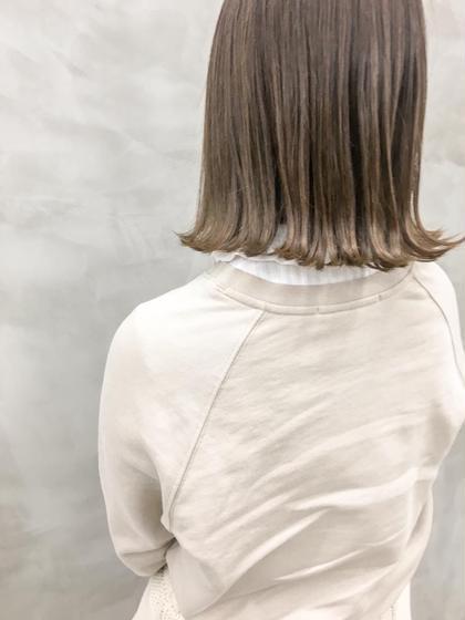 カラー 柔らかベージュ❤︎❤︎ 女性らしさアップ #切りっぱなしボブ#イルミナカラー#アッシュベージュ