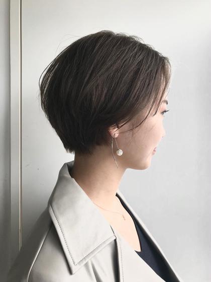 ショート ハンサムショート! 女性らしい丸みを出したカットで、頭の形も綺麗に見えるようにバランスをとっています! 似合わせてカットするのでご相談ください!
