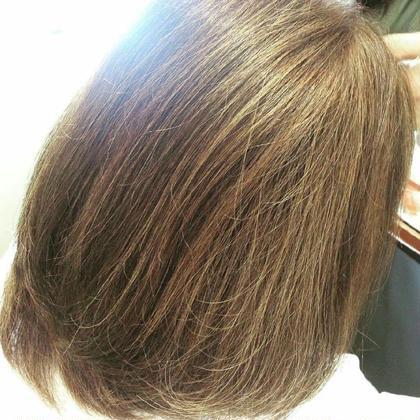 3Dカラー ハイライト 明るい白髪染め CLOVER新田辺店所属・森本唯のスタイル