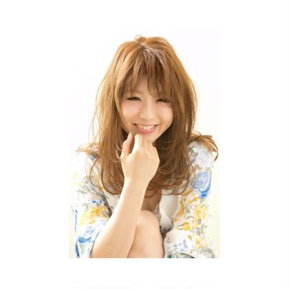 カラー ロング ⭐️ぷちブログ⭐️  インスタグラマーのモデルさん♡   ミルクティーベージュは透明感があって人気のカラーです!!