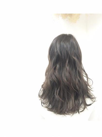 外国人風☆ラベンダー×グレイジュカラー TREAT所属・KUROMATSUMINAMIのスタイル