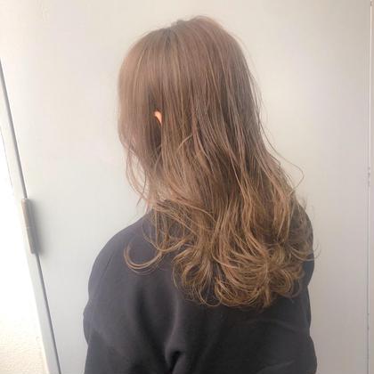 💗ブリーチなしダブルカラー💗+プレミアム酸熱トリートメント🥰ブリーチ毛でもツヤサラの髪に✨ ミルクティーカラー✨