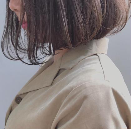暗すぎないオリーブベージュ よしむらのミディアムのヘアスタイル