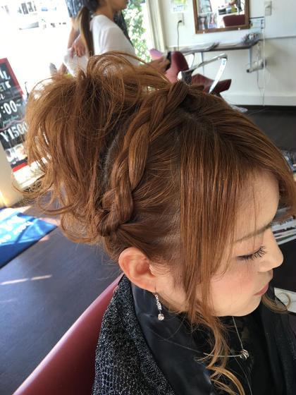結婚式などのふんわりアップもお任せ下さい∩^ω^∩  hair   studio Material所属・石川章司のスタイル