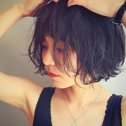 小松美鈴のヘアスタイル・ヘアカタログ