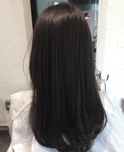 coloring アッシュグレー écru所属・古宇田純花のスタイル